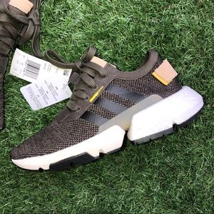 NWT Adidas POD-S3.1 Army Green & White Trainers!